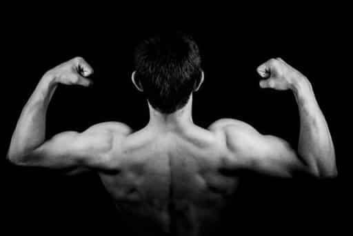 Mange sliter med å bygge store armer, og biceps er ofte problemet her.