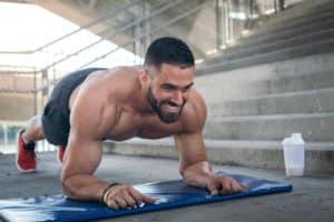 Planken er en øvelse som styrker de nedre magemusklene