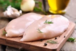Kylling har et høyt proteininnhold, og gir deg en metthetsfølelse som varer