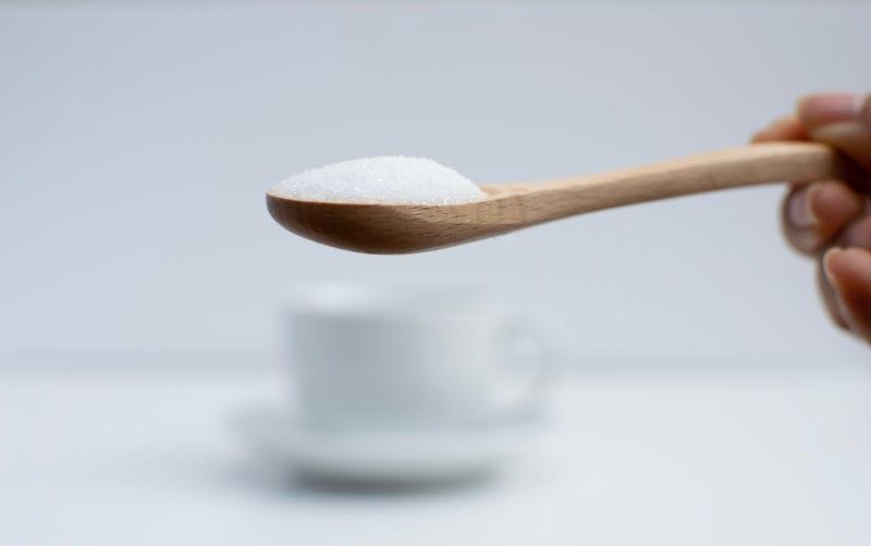 Sukker og palmeolje i proteinbarer