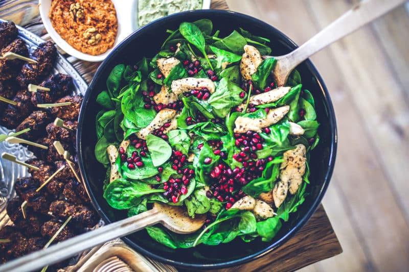 Sunn mat med grønnsaker og kylling