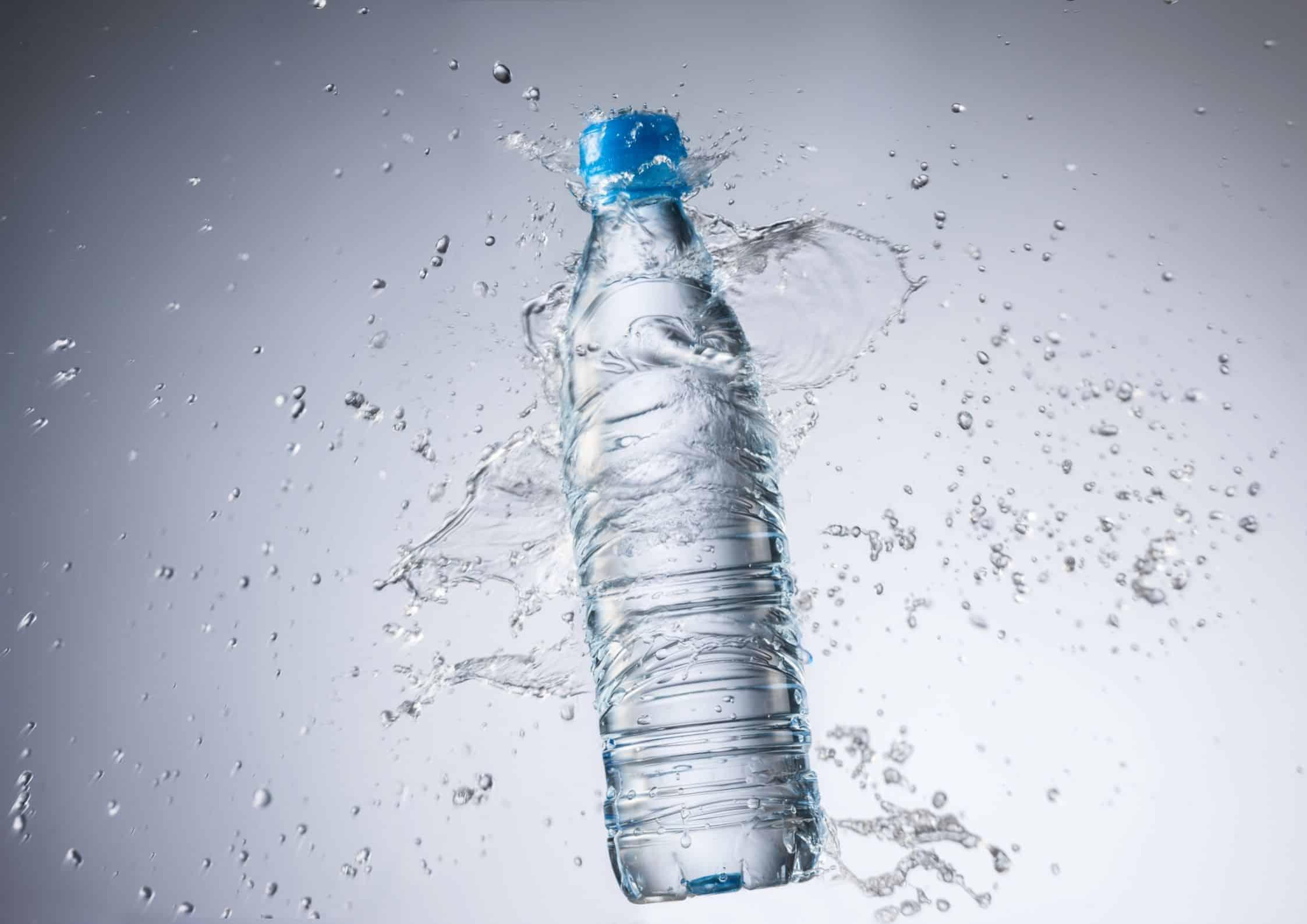 Flaske med vann