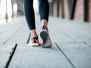 Hvor mange skritt bør man gå hver dag?