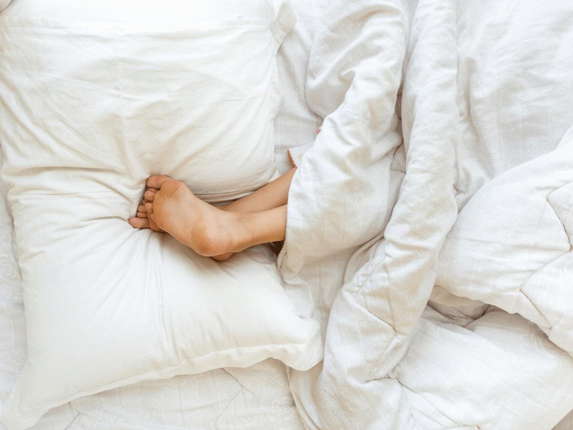 Burde man sove naken